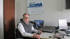 Ronaldo Vasconcellos estreia programa na Rádio Ponto Terra