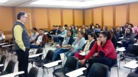 Ronaldo Vasconcellos ministra palestra para alunos de engenharia ambiental da UFOP