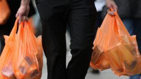 5 maneiras de persuadir as pessoas a se libertarem do plástico