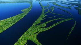 Amazônia perde 350 km² de superfície de água por ano