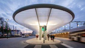 Inaugurado na Holanda terminal de ônibus autossuficiente