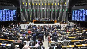 Câmara aprova projeto que endurece pena por desastre ambiental