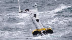 "Reimplantado equipamento que limpa ""sopa plástica"" do oceano"