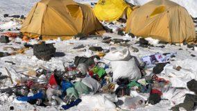 Nepal proíbe plásticos de uso único na região do Everest