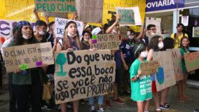 Greve global pelo clima leva milhares de manifestantes às ruas