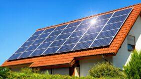 Prefeitura de São Paulo vai implantar energia solar em escolas e UBS